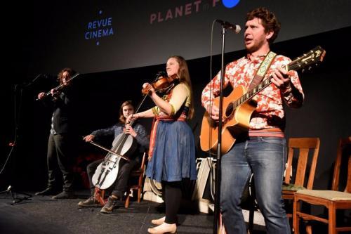 Metis Fiddler Quartet in full swing..